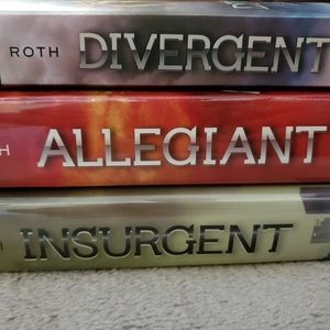 Other - Divergent series books
